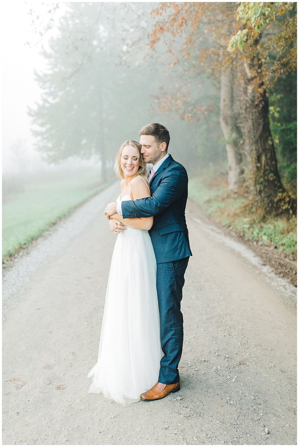 Emma Rose Company recently got to travel all the way to Nashville to photograph the most beautiful post-wedding bride and groom portraits in the Great Smoky Mountains with a gorgeous couple! Nashville wedding inspiration at it's finest._0020.jpg