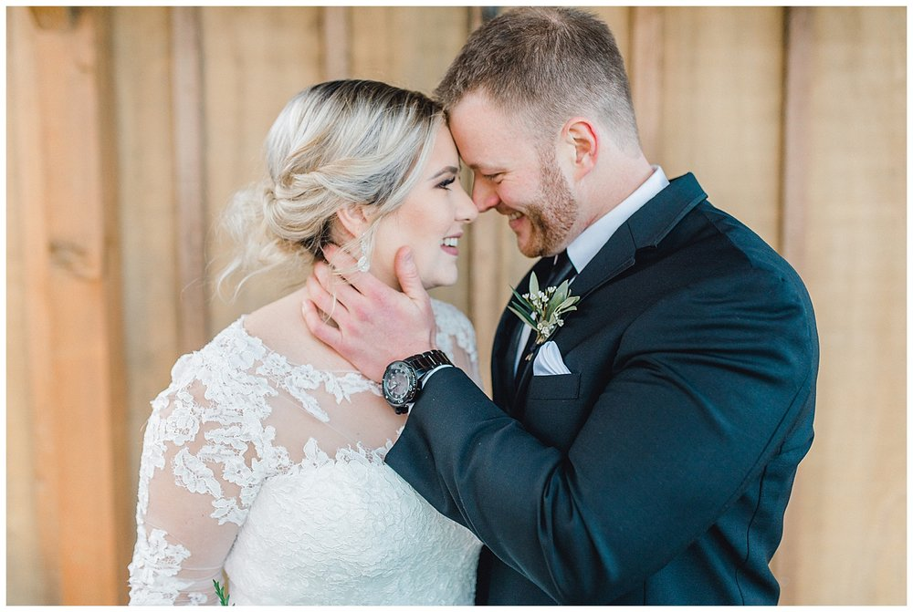 A beautiful winter wedding in Snohomish, Washington with Jaryn and Scott at Thomas Family Farm.  Emma Rose Company is a light and airy wedding photographer in the Pacific Northwest.