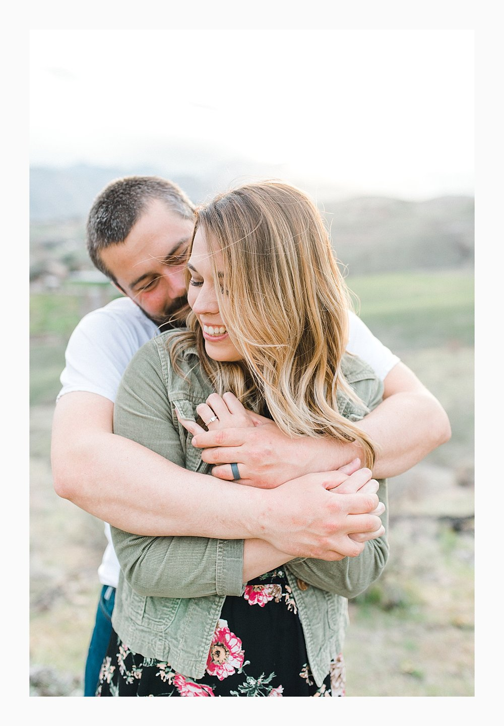Pacific Northwest Engagement Session in the Sagebrush with Emma Rose Company who is a light and airy wedding photographer based in Seattle, Washington_0030.jpg