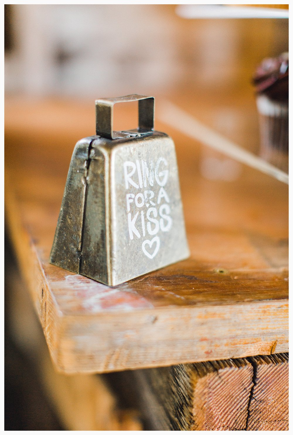 Rustic barn wedding in Wenatchee Washington at Sunshine Ranch on Easy Street, Emma Rose Company Seattle PNW Light and Airy Wedding Photographer_0114.jpg