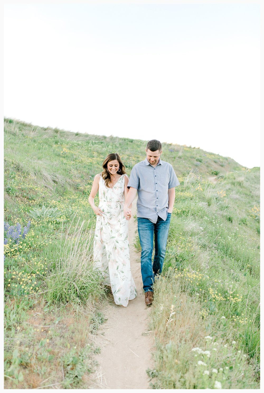 Engagement session amongst the wildflowers in Wenatchee, Washington | Engagement Session Outfit Inspiration for Wedding Photography with Emma Rose Company | Light and Airy PNW Photographer, Seattle Bride_0002.jpg