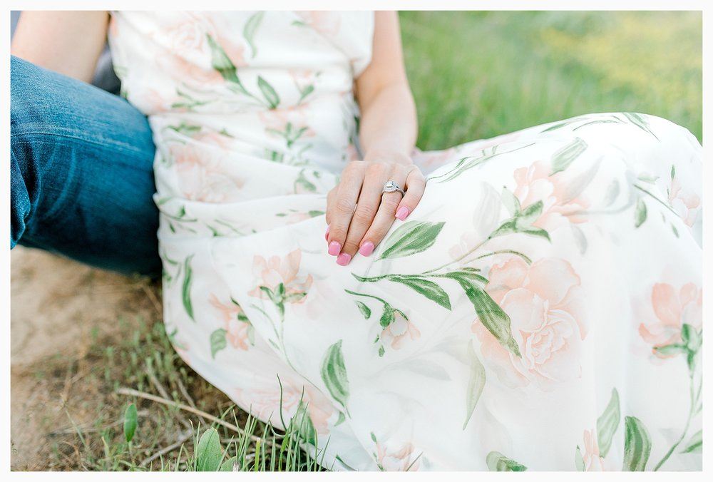 Engagement session amongst the wildflowers in Wenatchee, Washington | Engagement Session Outfit Inspiration for Wedding Photography with Emma Rose Company | Light and Airy PNW Photographer, Seattle Bride_0027.jpg