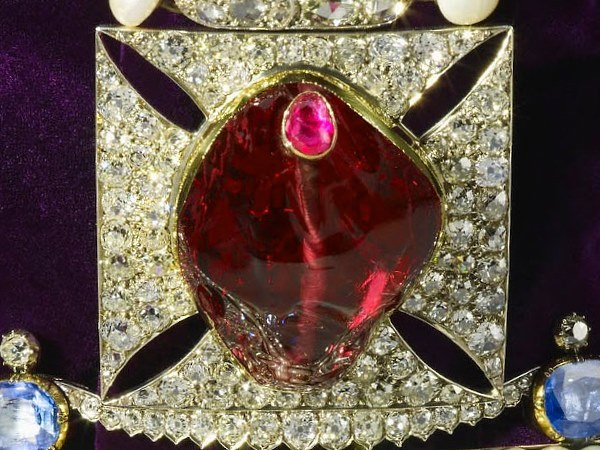 Black Prince's Ruby, 170 carat red spinel set into the English state crown and displayed in the Tower of London.
