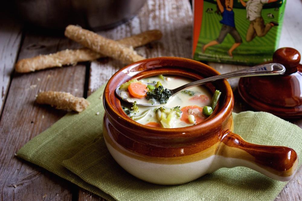 spring vegetable soup 13.jpg