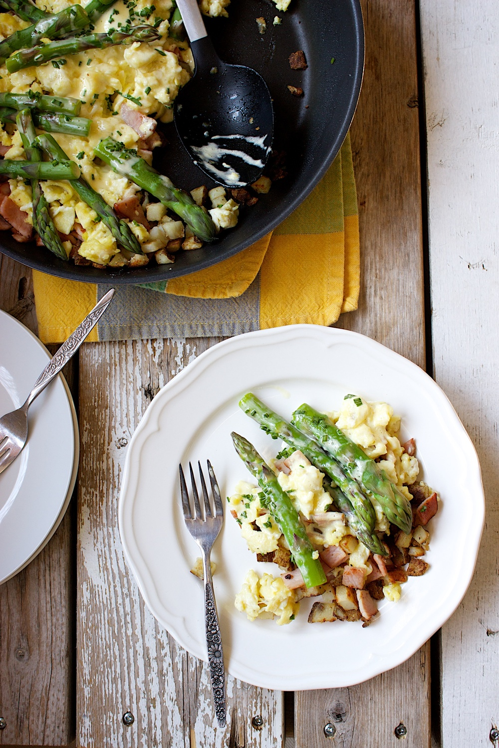 Eggs Benedict and Asparagus Breakfast Skillet 17.jpg