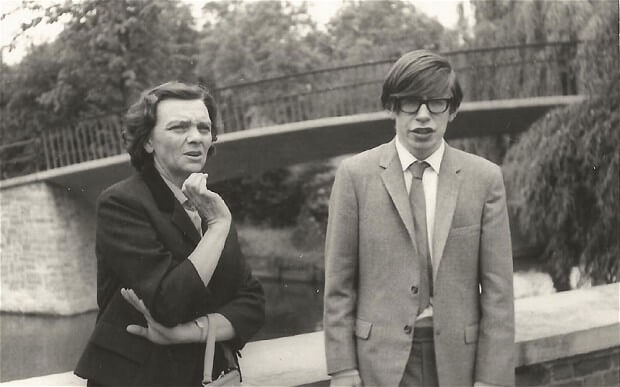 young-Stephen-Hawking.jpg