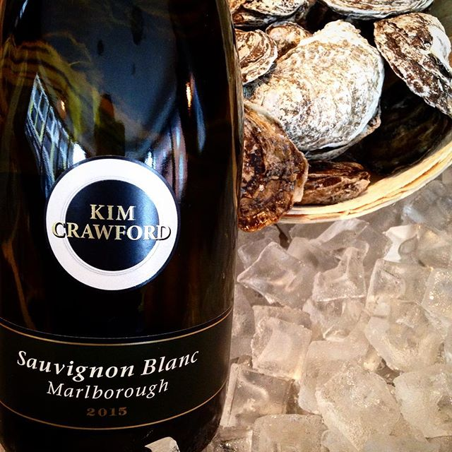 Kim Crawford Sauvignon Blanc New Zealand Passionfruit, Citrus and Stonefruit with a Grassy Top Note Try with our Goat Cheese Popover, Mussels and Ceviche!  #trythatwine #wine #junctionto #junction #torontorestaurants #rouxstir