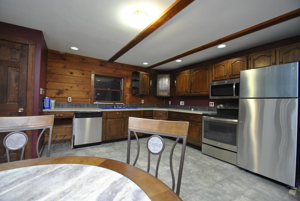 Ha - Kitchen.JPG