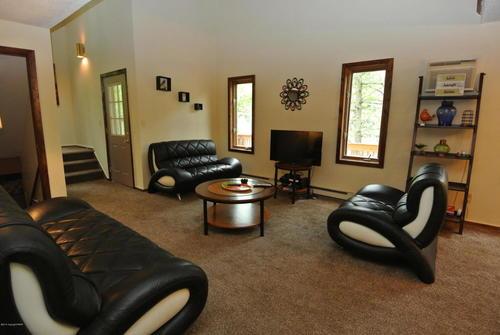 Woodland Retreat 6 bedrooms, Sleeps 16 Book Now