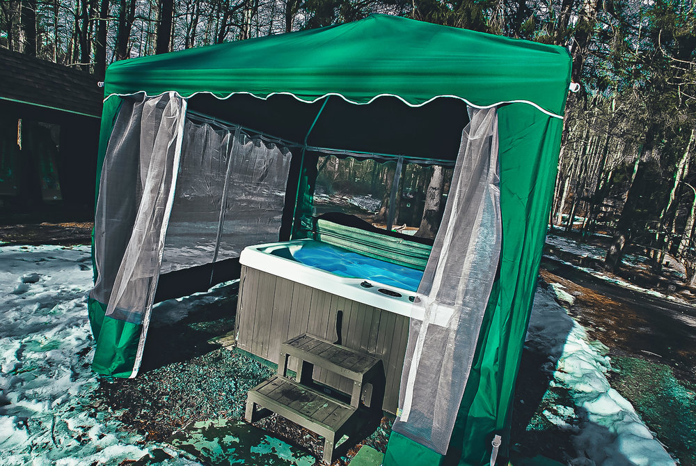Enclosed+Hot+Tub.jpg