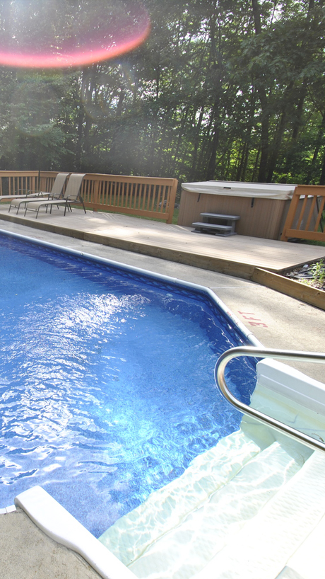 Indoor & Outdoor Pools to keep you wet -