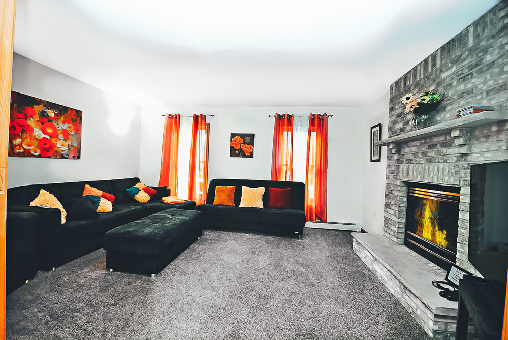 How far are VRBO and Airbnb Pocono Mountains in Tannersville from New York City, New Jersey or Philadelphia?: Colonial Mansion    Sleeps 18: 7 Bedrooms (8 queen beds total), 4 Baths, Roku w/Sling/Netflix, Large 3rd Floor Master Suite, Firepit in the Back, BBQ Grill, Game Room with Pool Table with a Hot Tub