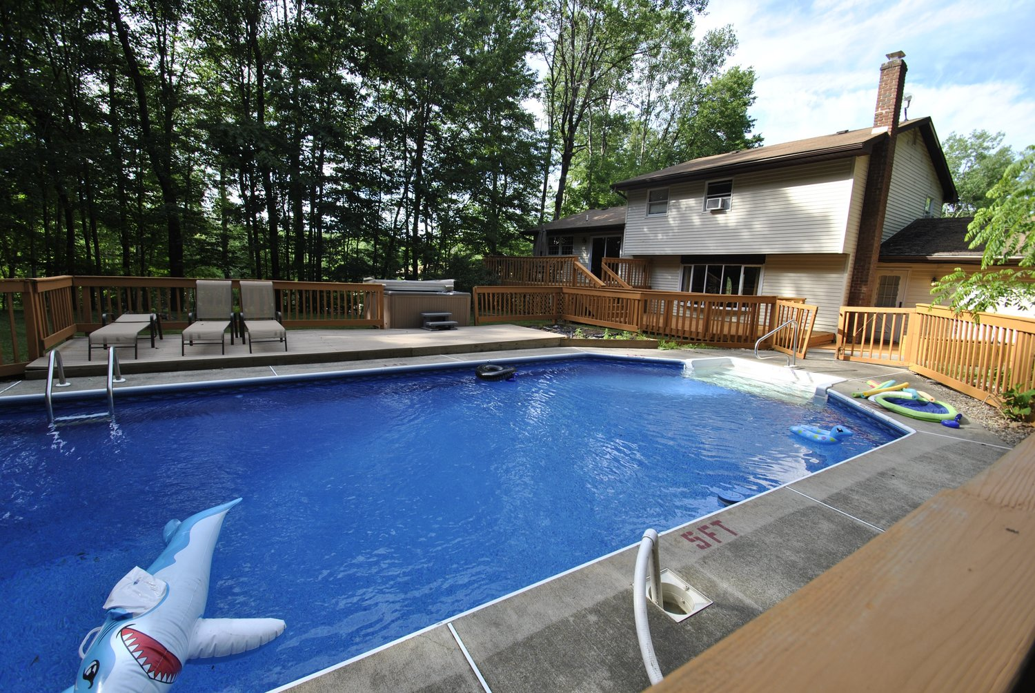 Pennsylvania Mountains, PA - Airbnb / VRBO - Cabin and House Rental ...