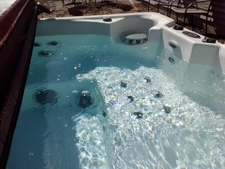 42-Hot+Tub+Full.jpg