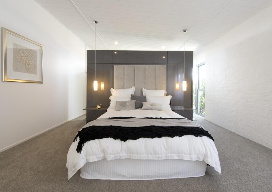 S28 main bedroom1.jpg