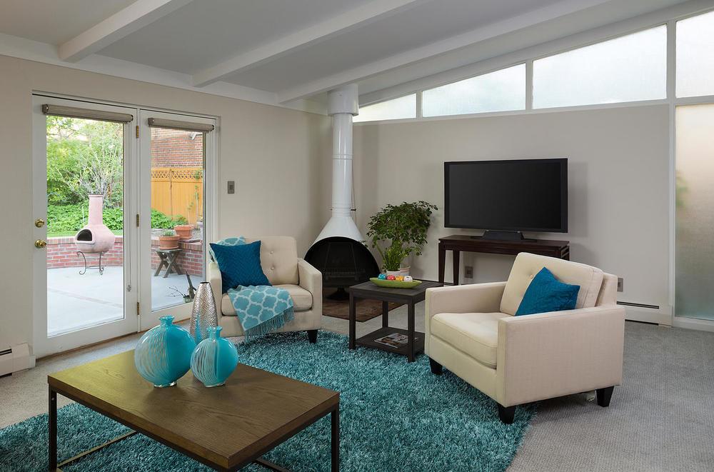 530 Bellaire St Denver CO-large-006-20-Family Room-1500x992-72dpi.jpg