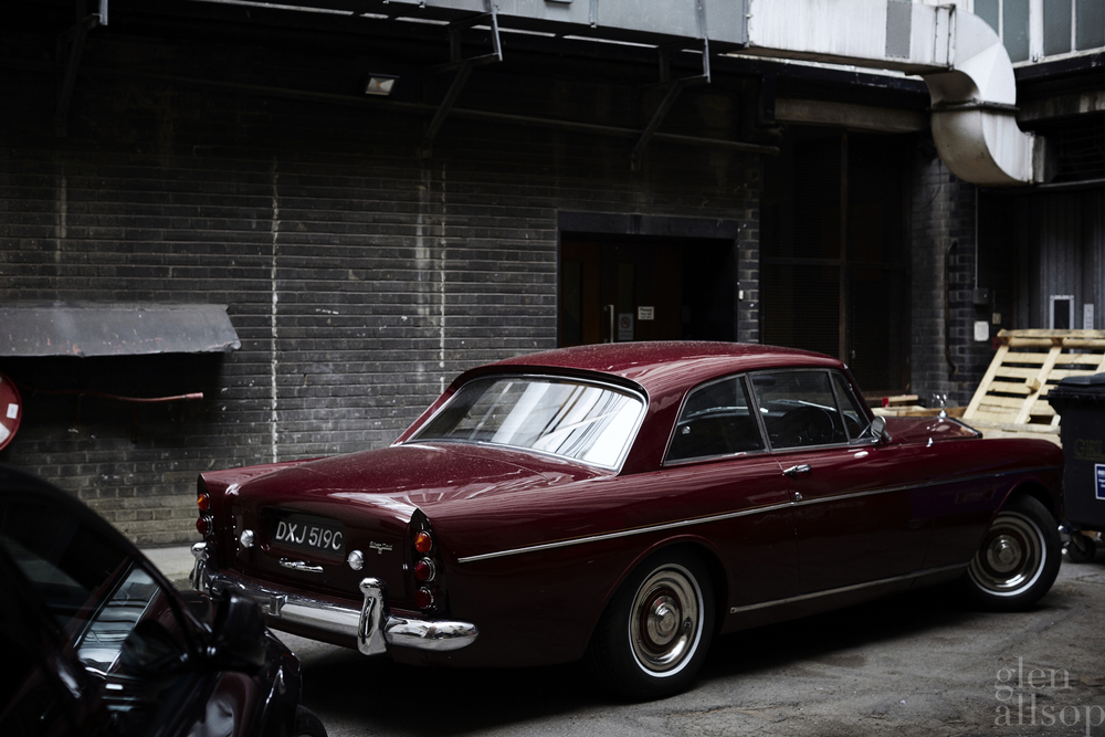 rolls royce-burgundy-back alley-london