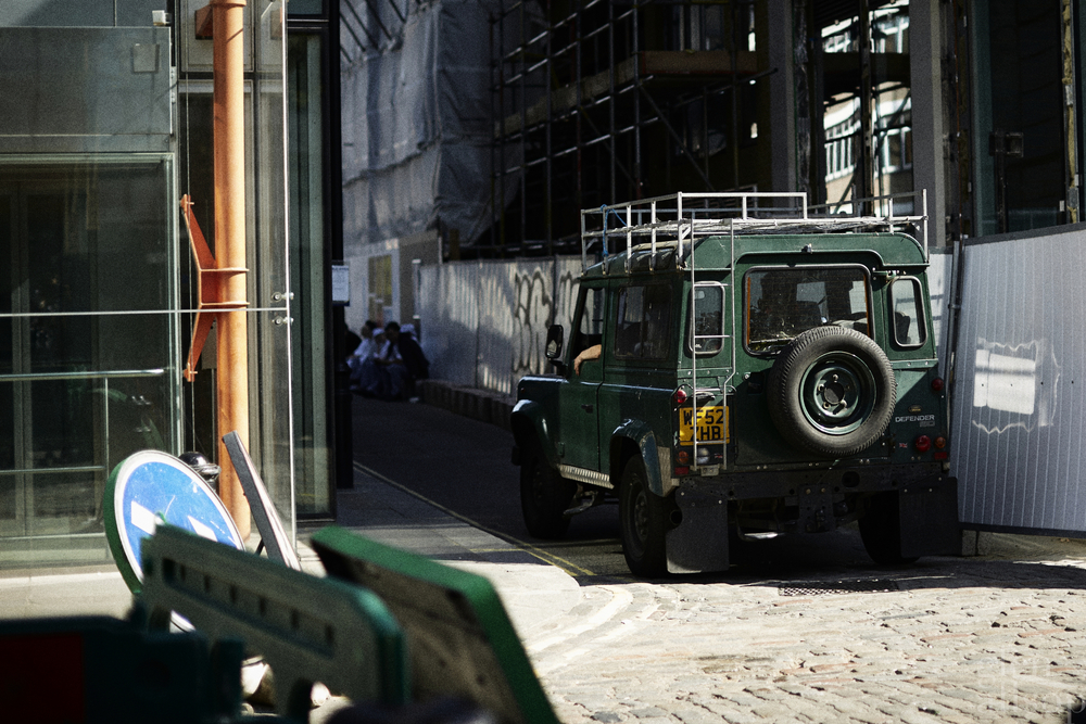 landrover-defender-green defender-london