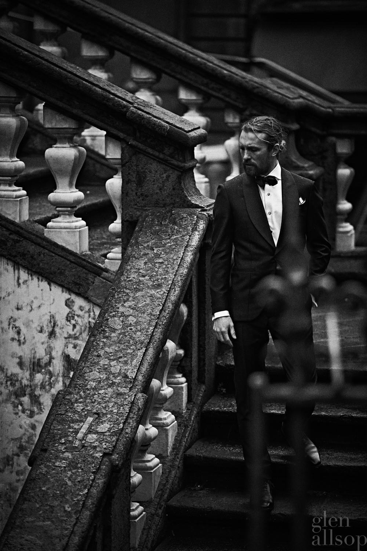 tuxedo-black tie-eidos
