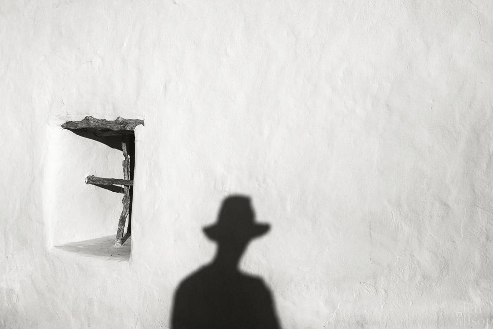 formentera-selfie-glen allsop-hat-stoffa-shadow