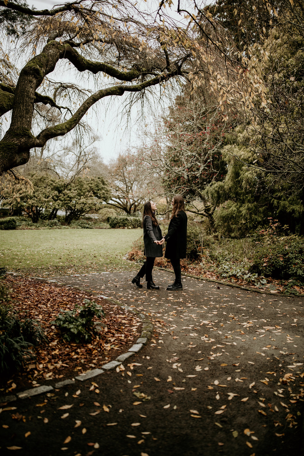 Emily Keeney Photography seattle upper queen anne engagement session-2.jpg
