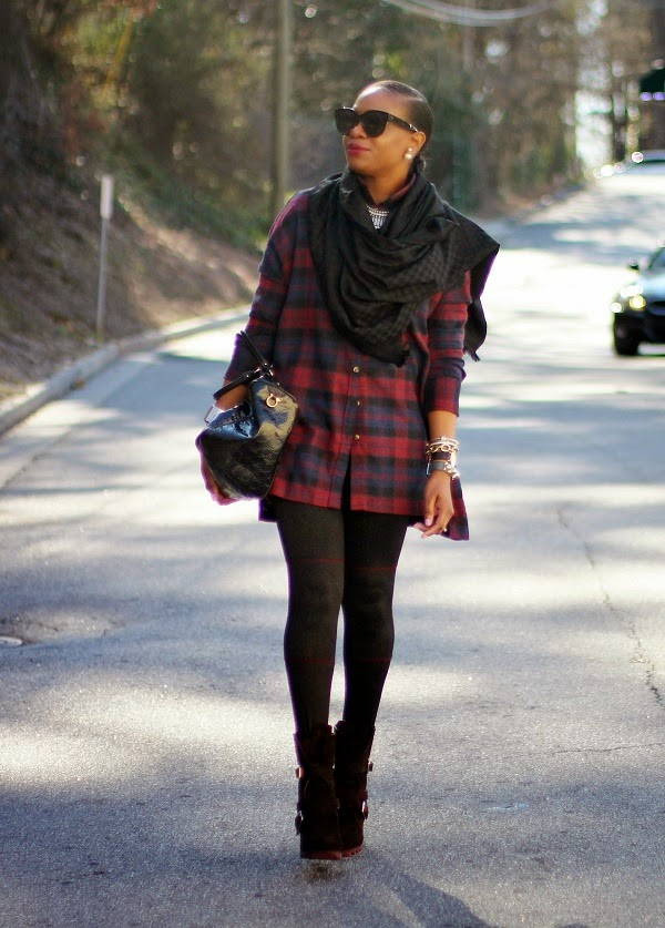 plaid, plaid shirt, windsor store, tunic, ferragamo, black bag, scarf, black scarf, daneil wellington, leggings abacaxi, louis vuitton, black scarf, ribal earrings, christian dior, dior earrings, dior, 360 earrings, dazzle booties, reed krakoff cuff, silver cuff, reed krakoff,   FASHON, STYLE, FASHION BLOG, FASHION BLOGGER, F BLOGGER, STYLE BLOG, STYLEBLOGGER, STYLIST, STYLISH, STREETSTYLE, PERSONAL STYLE, PERSONAL STYLE BLOGGER, BLOGGER, BLOG, INSTA STYLE, INSTA FASHION, WHAT TO WEAR, OOTD, FASHION OF THE DAY, STYLE OF THE DAY, FASHION AND STYLE, winter STYLE, WHAT TO WEAR FOR This season, MUST HAVE, winter TRENDS, fashion TRENDS  , Atlanta blogger