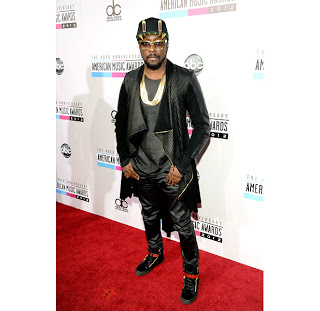 THERE IS JUST TOO MUCH FOOLISH FASHION ON THE AMA RED CARPET, I CAN'T DEAL!!!