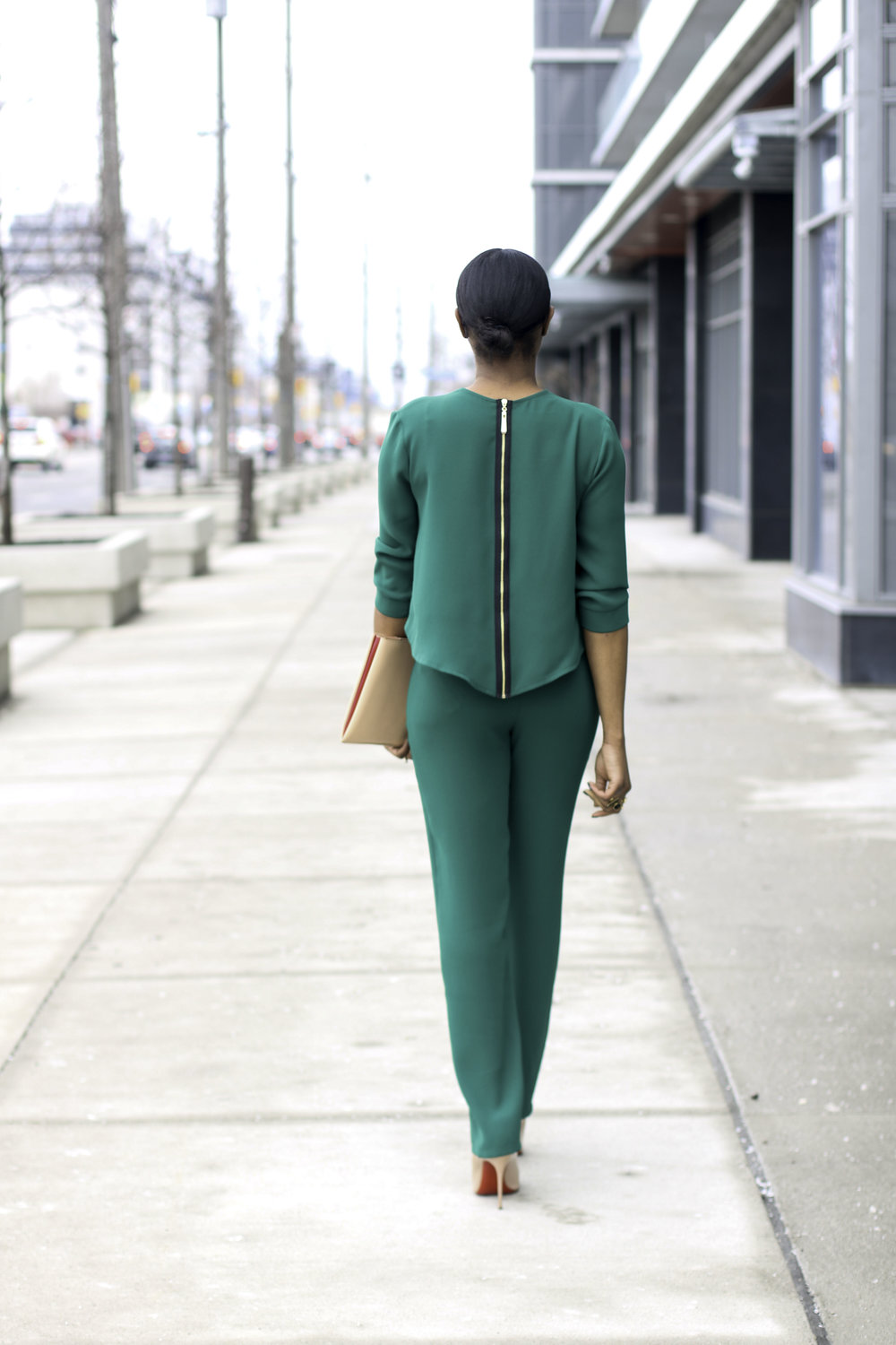 BACK VIEW OF JUMPSUIT .jpg