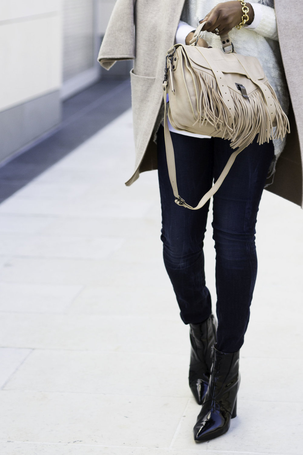 FRINGE BAG AND BLUE JEANS.jpg