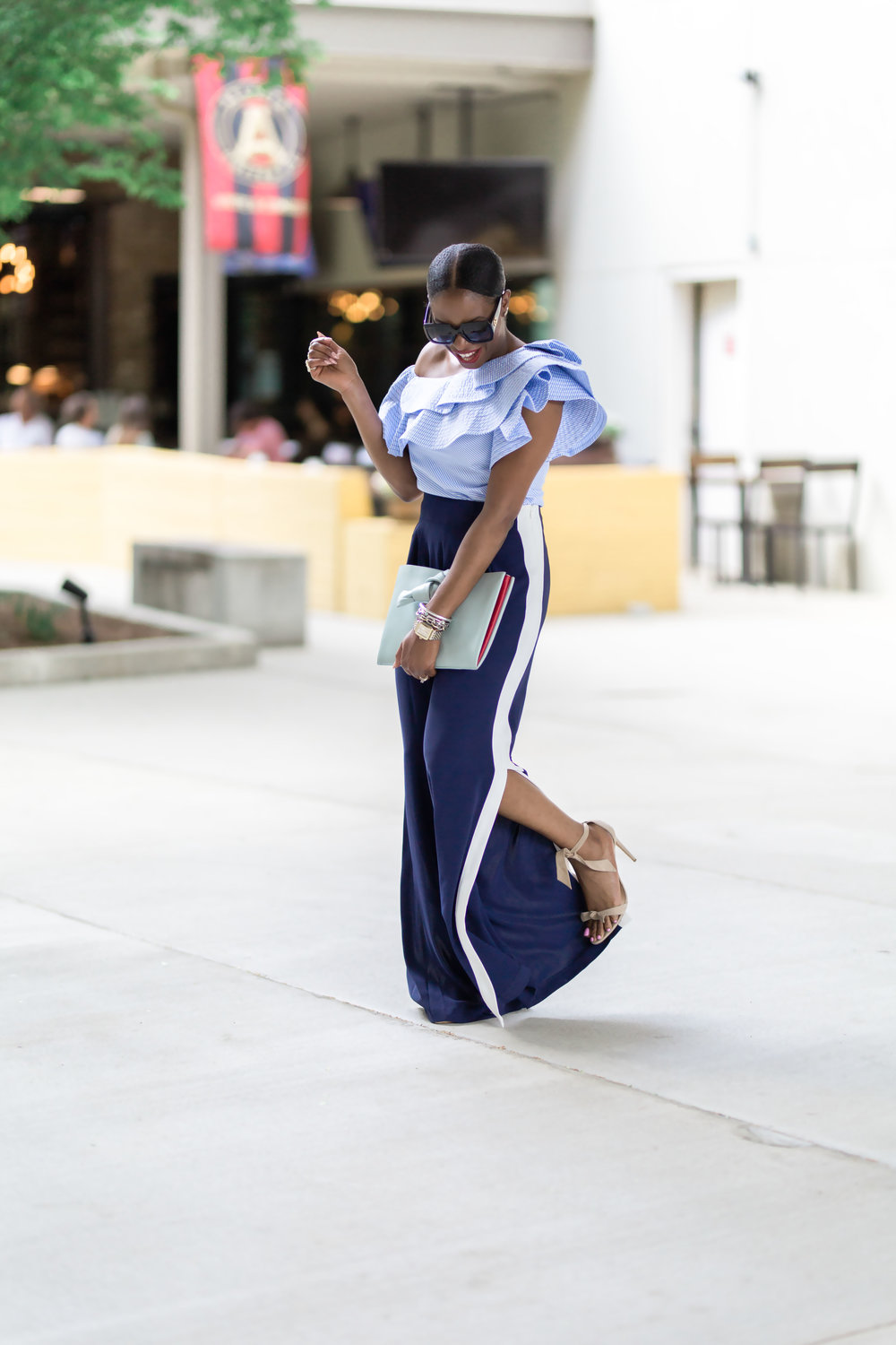 ATLANTA STYLE BLOGGER IN THE HOTTEST FASHION TRENDS.jpg