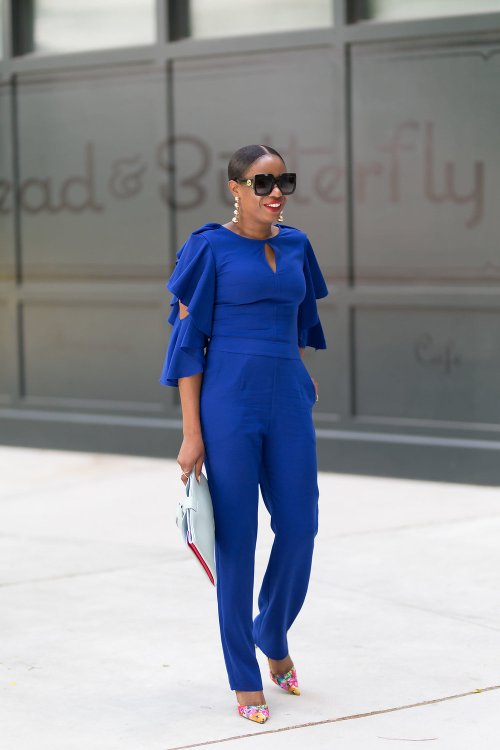 FASHION BLOGGER WEARING BLUE JUMPSUIT.jpg