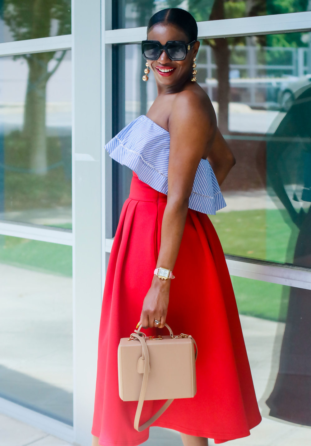 FASHION BLOGGER DRESSED IN RED WHITE AND BLUE.jpg