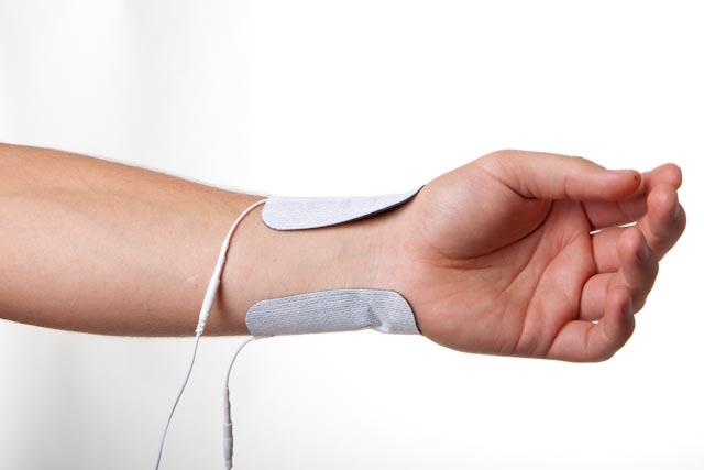 wrist injury electrode placement