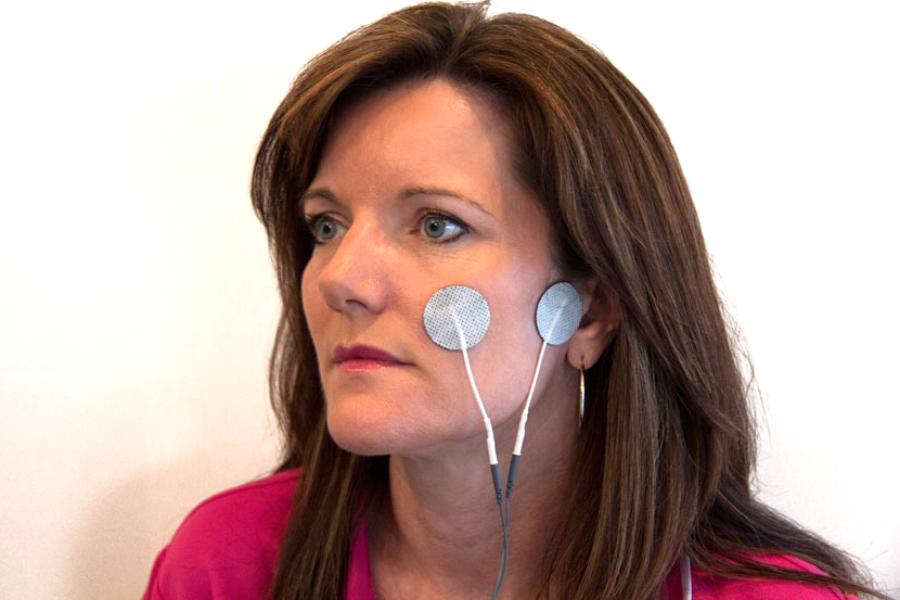 facial pain electrode placement