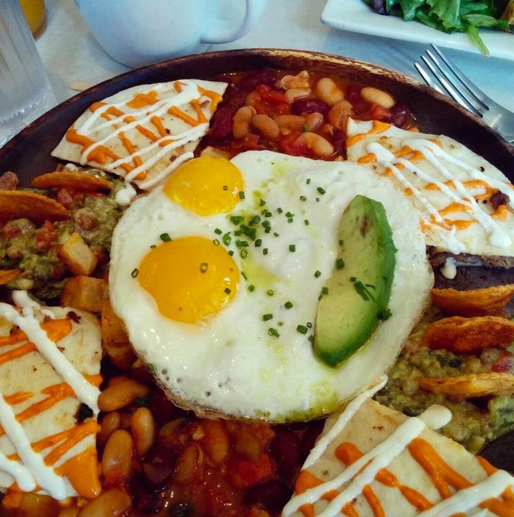 Cafe La Maude's Huevos Rancheros