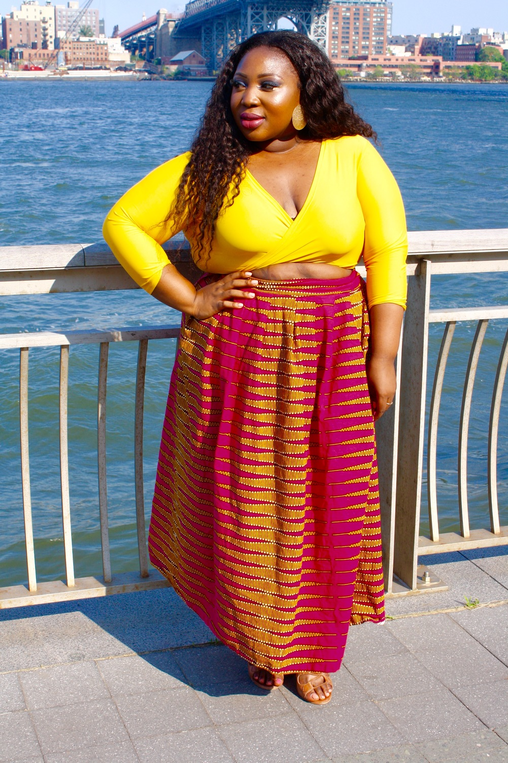 I love how this top looked with both skirts!! Talk about super versatile!!