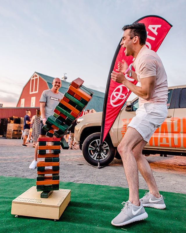 What goes up must come down! #yardgames #partygames #giantjenga #recdept 📸: @jdesomer