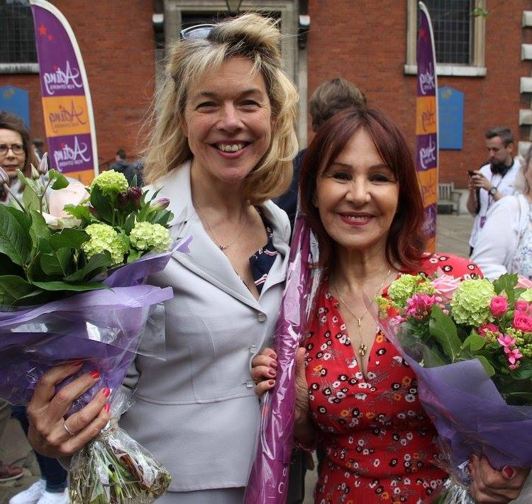 2017 Judges Arlene Phillips & Janie Dee.jpg