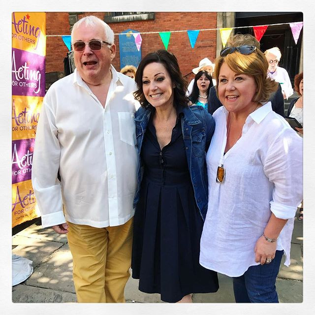 ‪Sending out some Friday love to our wonderful #WestEndBakeOff judges who gave up their morning (and more) to support @actingforothers. Lucky just doesn't cover it! ❤️‬ ‪Though, we're not sure it was such a hardship with all those amazing bakes on offer... 😉‬ . . . . . . ##christopherbiggins #ruthiehenshall #bake #instabake #celebrity #judges #kind #support #charity #event #fundraising #bakeoff #cake #westend #theatre #stage #musical #play #stagey #theatrical #rightroyalaffair #royalwedding