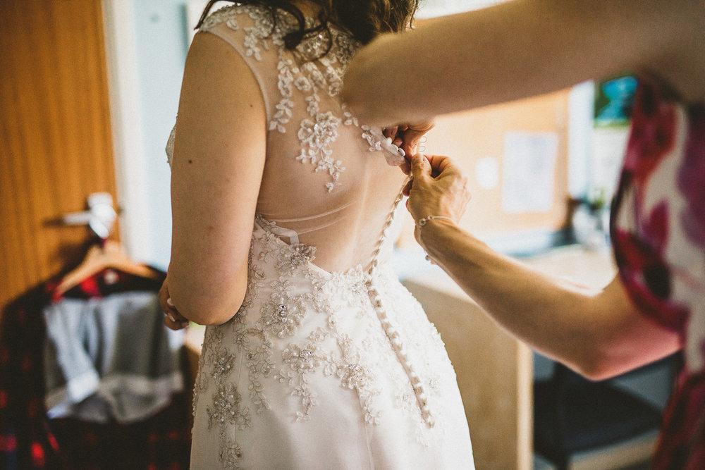 Ratsbury-Barn-Wedding-Photography-19.jpg