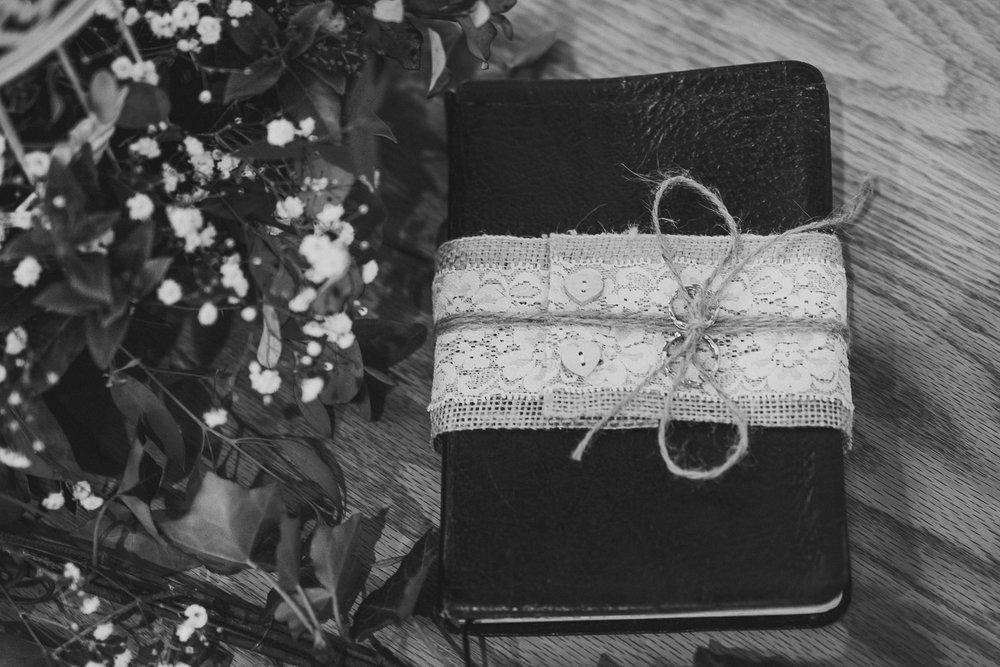 Ratsbury-Barn-Wedding-Photography-24.jpg