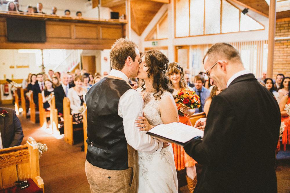 Ratsbury-Barn-Wedding-Photography-32.jpg