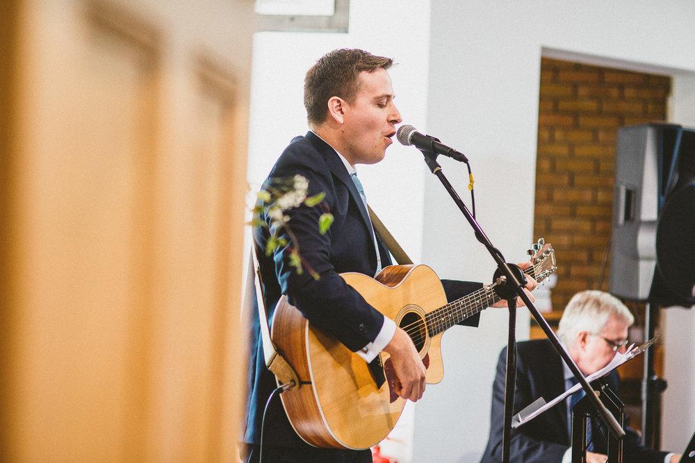 Ratsbury-Barn-Wedding-Photography-33.jpg