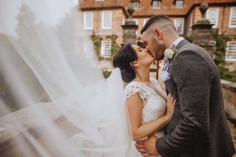 groombridge place couples photos