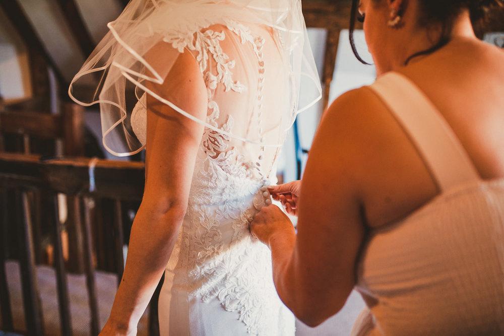 Barnyard-Kent-wedding-21.jpg