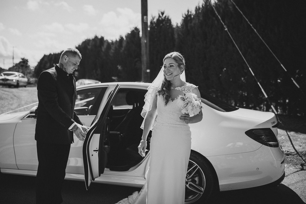 Barnyard-Kent-wedding-25.jpg