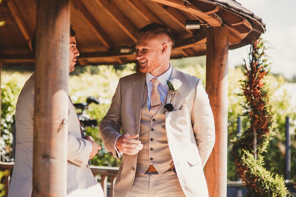 Barnyard-Kent-wedding-26.jpg