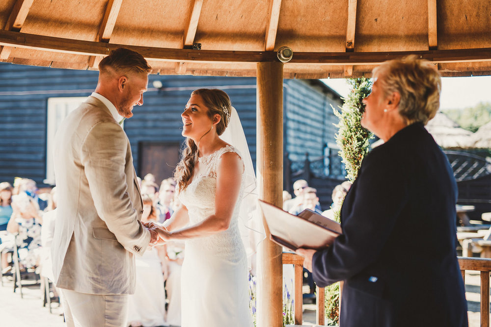 Barnyard-Kent-wedding-29.jpg