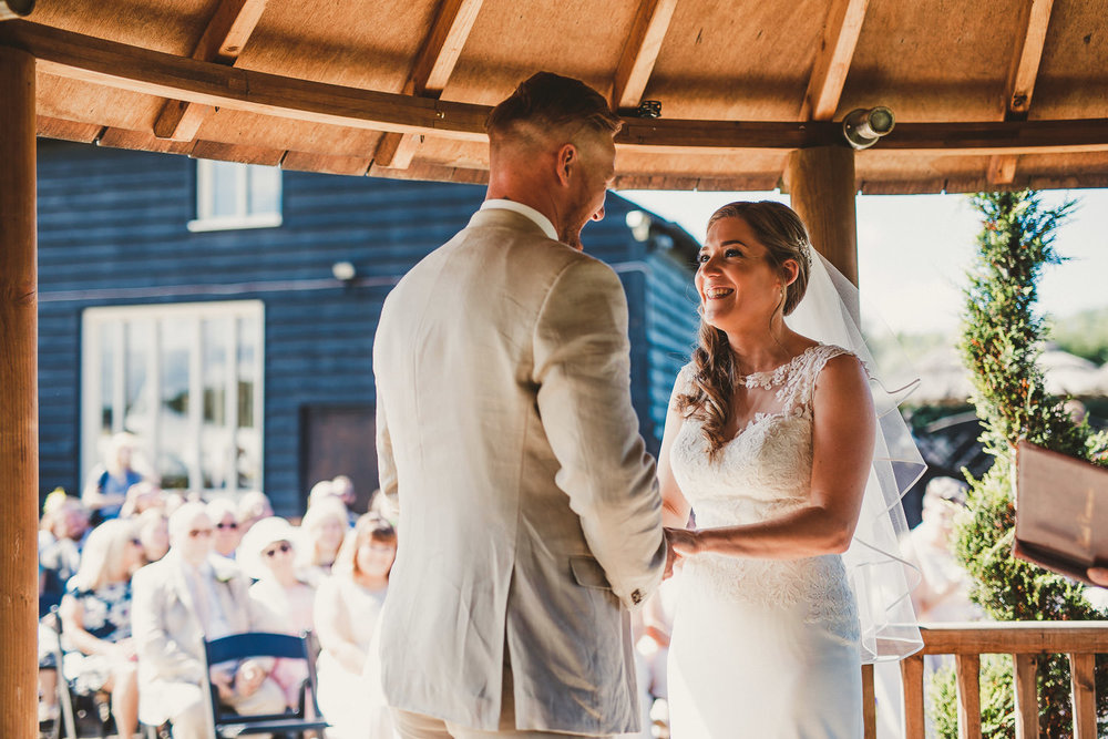 Barnyard-Kent-wedding-30.jpg