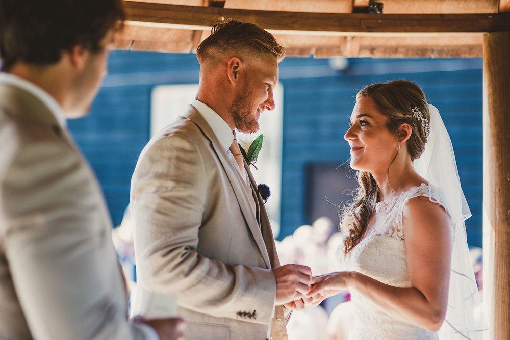 Barnyard-Kent-wedding-33.jpg